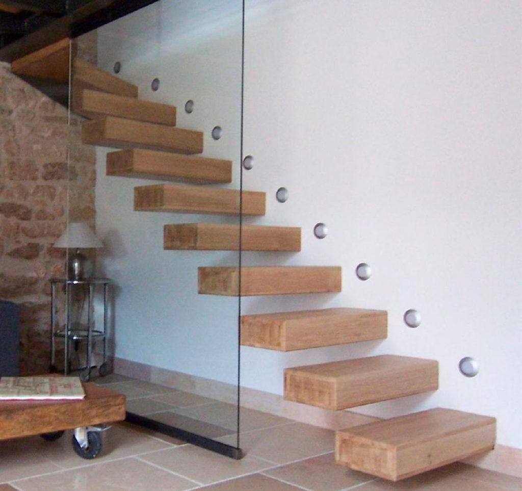 Escada com Degrau Flutuante