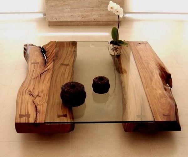A combinação de madeira com vidro garantiu nessa mesa um estilo rústico e elegante ao mesmo tempo!