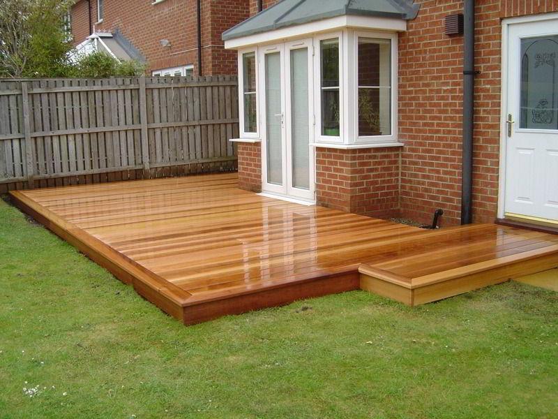 Veja belo jardim cm deck de madeira cedro.
