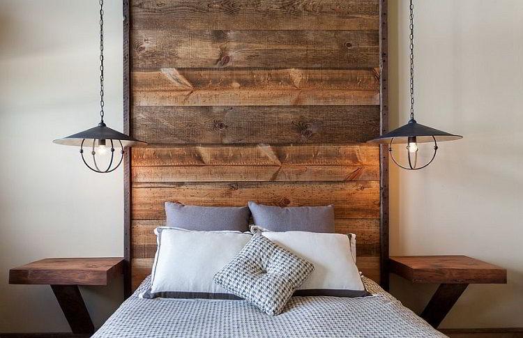 Cabeceira de madeira rústica.