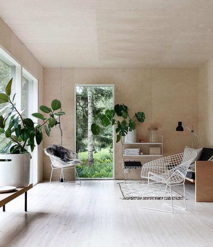 O uso de vegetação e plantas é uma das características da decoração escandinava.