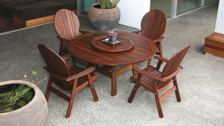 Mesas e cadeiras para jardim de ipê, madeira para móveis nobre e de alta durabilidade!