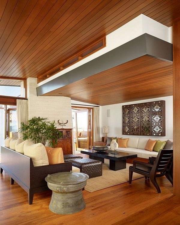 Escolher um belo piso de madeira é uma ótima opção de decoração com madeira.