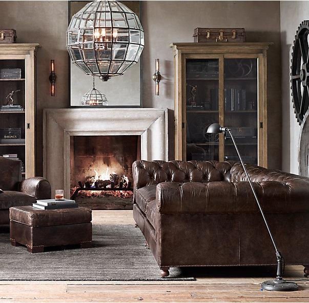 Os tons rústicos combinam com a decoração industrial e ainda dá a oportunidade de colocar cores em outros objetos decorativos.