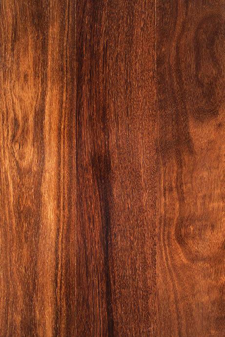 A madeira sucupira é forte e uma boa opção para telhado.